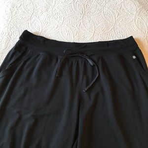Live Active Cropped Jogger Pants Size 22/24